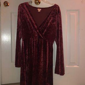 RED VELVET dress with bell sleeves